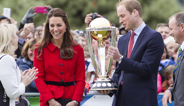 The Duke and Duchess of Cambridge with the ICC Cricket World Cup in New Zealand.