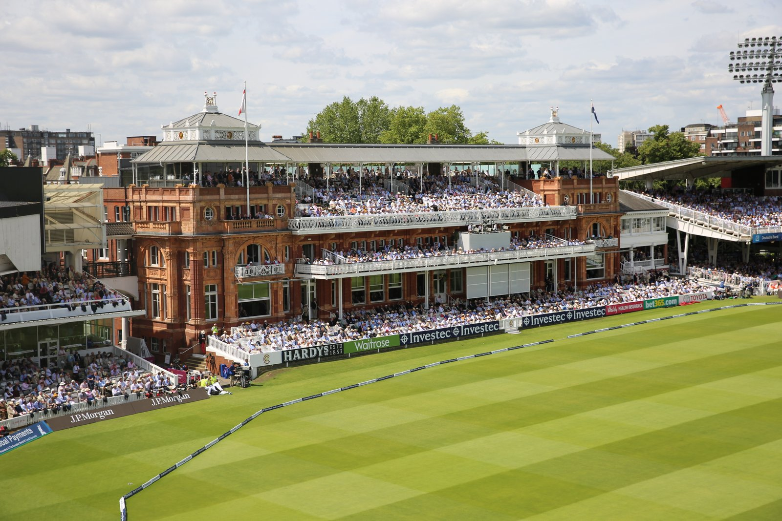 Car Parking Close To Lord S Cricket Ground