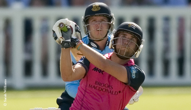 Middlesex move back on top after Sussex win
