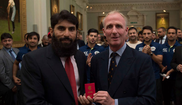 Misbah being awarded his membership by MCC president Matthew Fleming