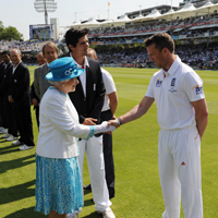 Graeme Swann and the Queen