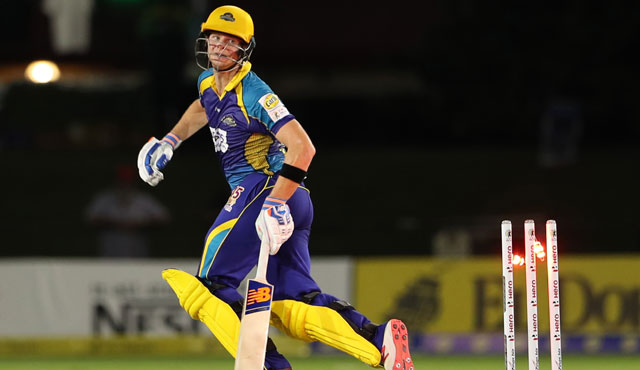 Law Blog: Caught AND Hit wicket! How was Steve Smith out?