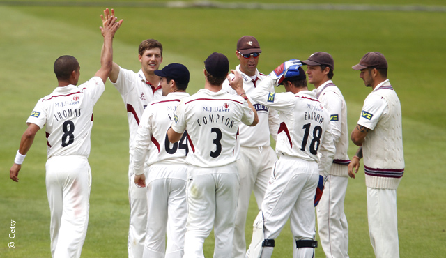Somerset dominate hapless Middlesex