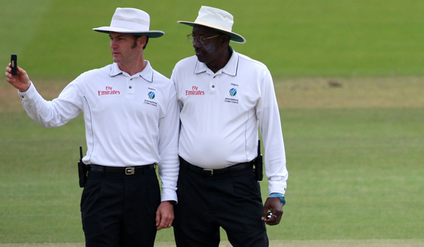 Simon Taufel with Steve Bucknor