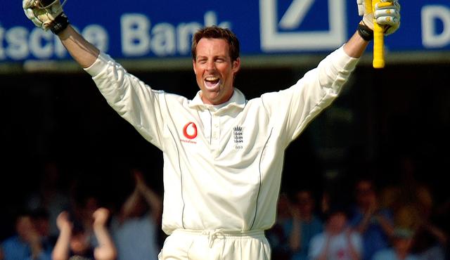 Eng vs Pak: Yasir Shah pegs hosts England back