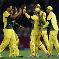 australia celebrate an odi wicket