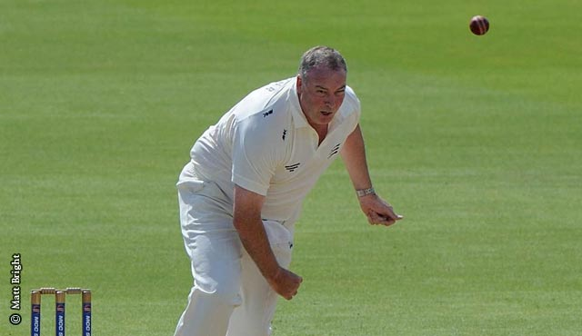 Angus Fraser bowling for Middlesex President's XI