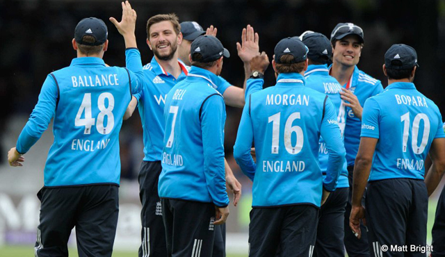 England celebrate a wicket against Sri Lanka at Lord's