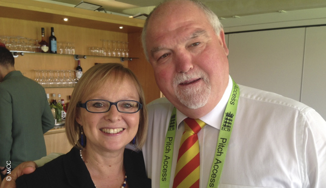 Eleanor Oldroyd with MCC President Mike Gatting