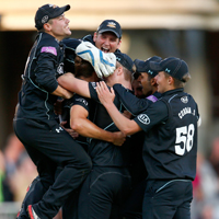 surrey celebrate victory over notts