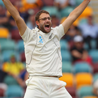 Daniel Vettori appeals for a wicket